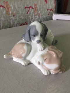 Cute Puppy Figurine by Nao. EUC.