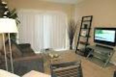 - $500 Room in 4 BR $500 fully furnished. Girls only please ) (The Reserve in Tyler TX)