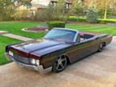 1966 Lincoln Continental Convertible 460