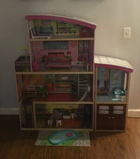 Kid Kraft Wood Doll House and Accessories