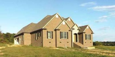 252 Waterford Dr Manchester, Exquisite brick/stone home in