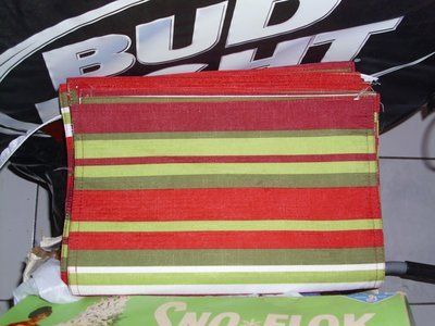 6 Holiday striped place mats Nice & colorful