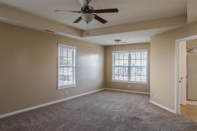 3Beds 2Baths For Rent.