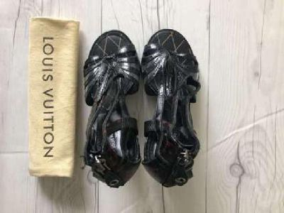 Louis Vuitton /Leather Women Heels/ Limited edition/size 7,5/
