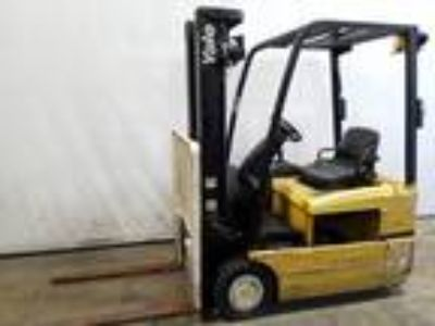 2010 Electric Yale ERP030TH Electric 3 Wheel Sit Down