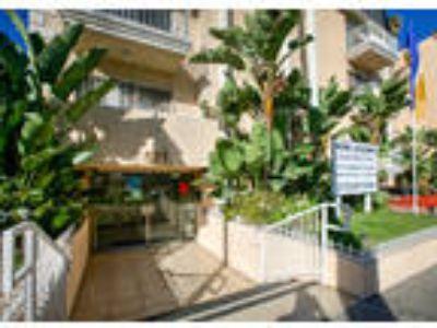 Wilshire Kenmore Towers - Bachelor