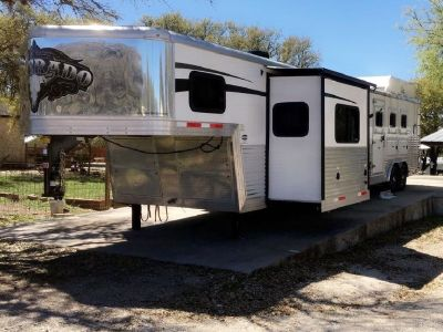 2016 Bison Silverado 3-horse Trailer with Living Quarters for sale in Spring Branch, Texas.