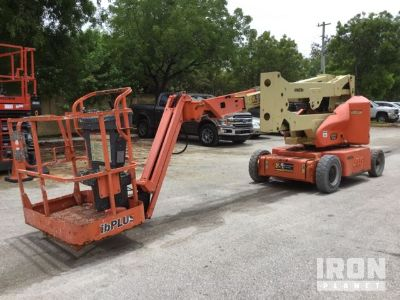 2011 JLG E400AJPN Electric Articulating Boom Lift