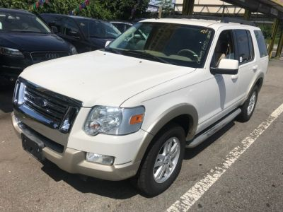 2010 Ford Explorer Eddie Bauer (White Platinum Metallic Tri-Coat)