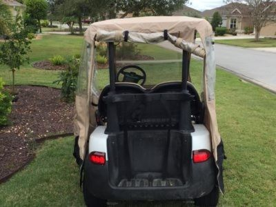 2007 2- OR 4-SEAT ELECTRIC CLUB GOLF CART