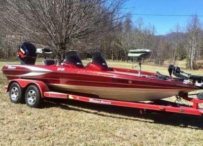 2002 Triton Z21 Bass Boat