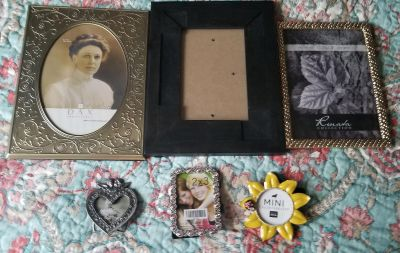 Set of 6 Picture Frames like NEW