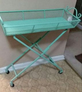 FOLDABLE PLANT STAND.......EXCELLENT CONDITION