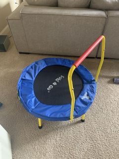 Fold and Go Trampoline: Porch Pick Up ASAP