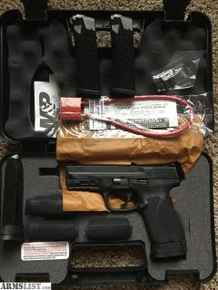 For Sale: Smith & Wesson M&Pc 9mm 2.0 Compact NEW
