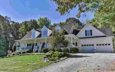 371 Owensby Mill Drive Ellijay Four BR, Perfect Location 5 MILES