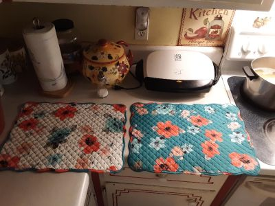 Pioneer Woman placemats new
