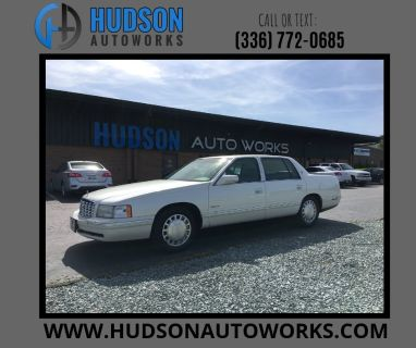 1999 Cadillac DeVille Base (White)