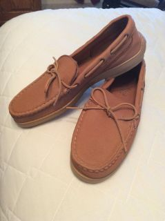 Minnetonka men's moccasins. Brand new