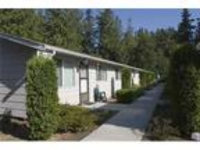 House, Stanwood, 2 BR - ready to move in.