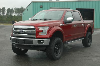 2016 Ford F-150 4X4 S/C LARIAT (RUBY RED METALLIC)