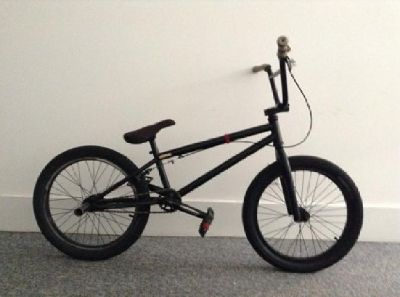 BMX Hoffman Ontic (Sealed Front/Rear Hubs, Odyssey Pedals, FIT Tires)