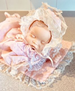 Adorable Porcelain Pink Pyjamas, Musical, Moving, Baby Doll