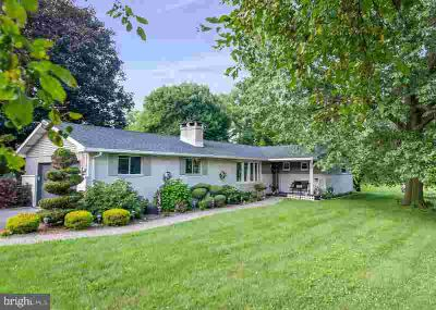 28 Obold Rd BERNVILLE Three BR, You will absolutely fall in love