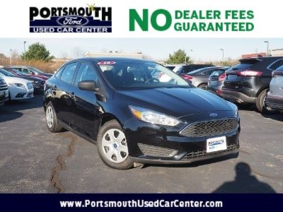 2018 Ford Focus S (Shadow Black)