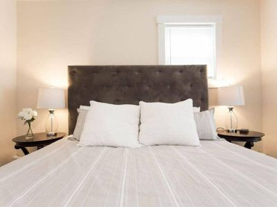 $2800 2 apartment in North Suburbs