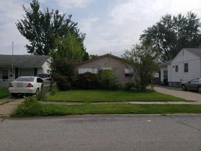 3 Bed 1 Bath Preforeclosure Property in Elyria, OH 44035 - Fairlawn Ave