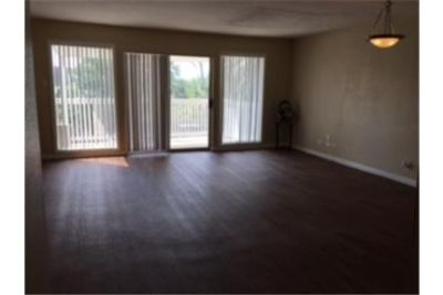 2 Bedroom 1 Bath Available!