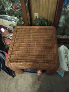 Wicker coffee and end table