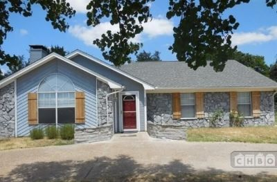 $2400 3 single-family home in North Central TX