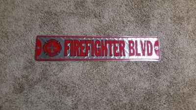 Firefighter sign / plate