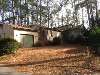 3 Bed 2 Bath Foreclosure Property in Sanford, NC 27332 - Harbor Trce