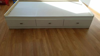 white twin bed frame with drawers ( captains bed)