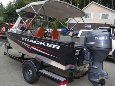 2012 Tracker Pro V 175 Guide Fishing Boat