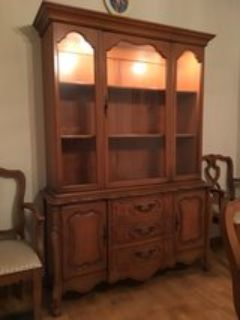 lighted hutch/china cabinet