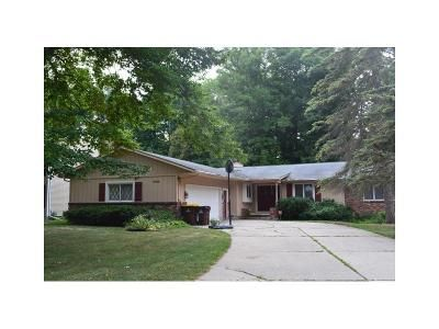 4 Bed 3 Bath Foreclosure Property in Lansing, MI 48917 - Opaline Dr