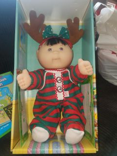 GREAT CONDITION Cabbage patch kids holiday baby