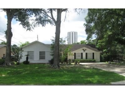 3 Bed 2 Bath Foreclosure Property in Seabrook, TX 77586 - Shirleen Dr