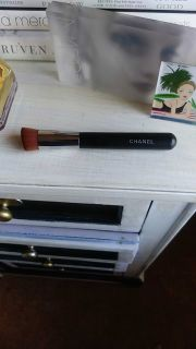 hanel liquid foundation brush