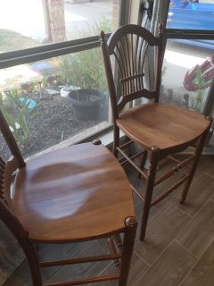 2 brown stools bar height great condition