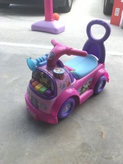 Toddler ride on toy
