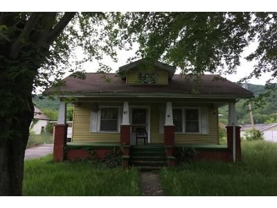 Preforeclosure Property in Loyall, KY 40854 - 5th St Rio Vista