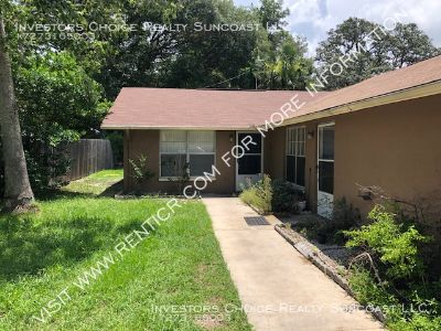 Duplex 2 Bedroom 1 Bathroom in New Port Richey