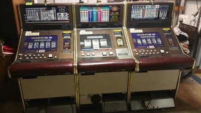 $250, Las Vegas Slot Machines Early Christmas Sale  250.00  I have only 4 Left