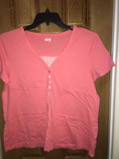 XL t-shirt like top