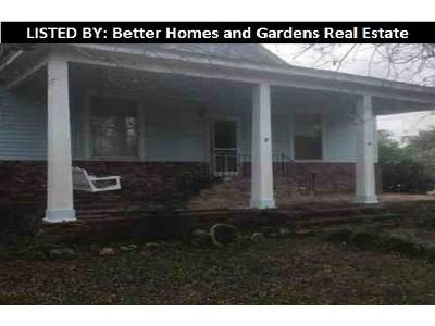 3 Bed 2 Bath Foreclosure Property in Cochran, GA 31014 - S 2nd St